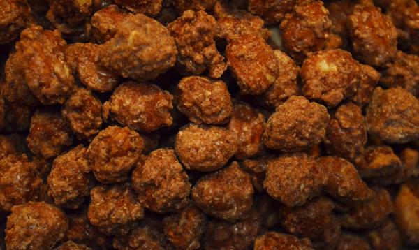 Roasted Cinnamon Peanuts